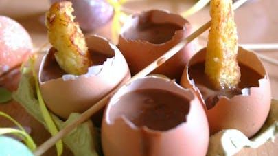 Fondue chocolat et mouillettes de pain perdu
