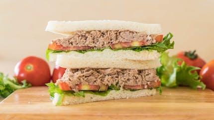 Le club sandwich au thon, une recette rapide et facile