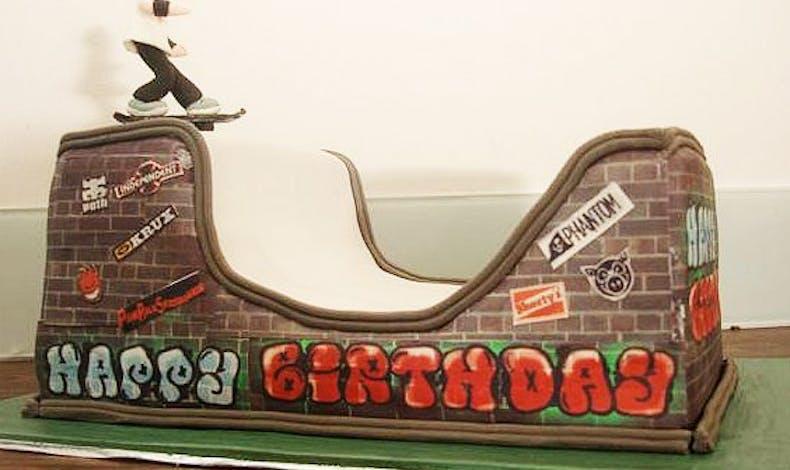 Le gateau d'anniversaire skate