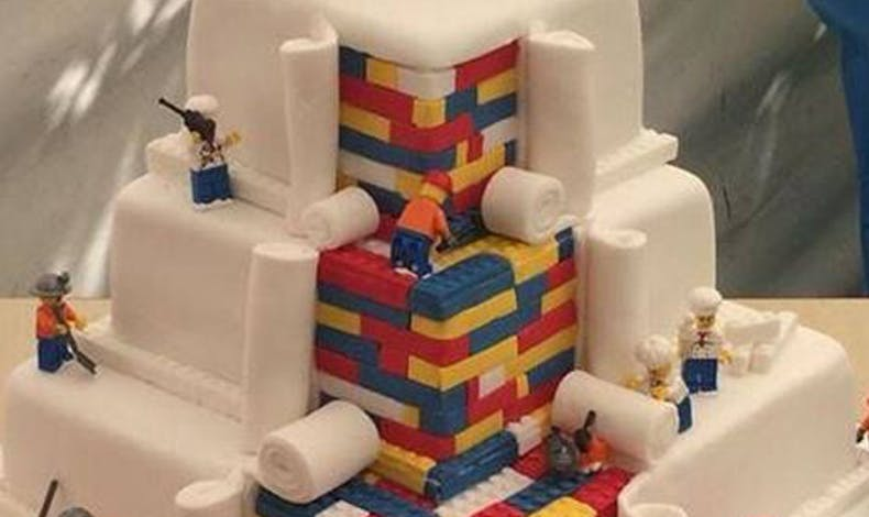 Le gâteau Lego au boulot !