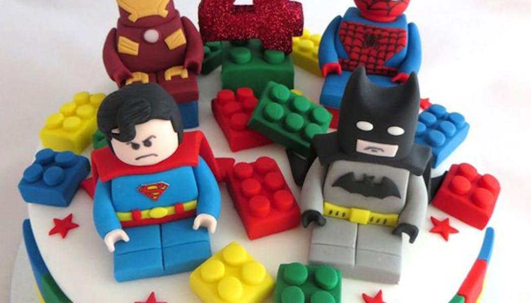 Le gâteau Lego Avengers