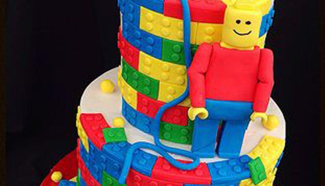 Le gâteau Lego coloré