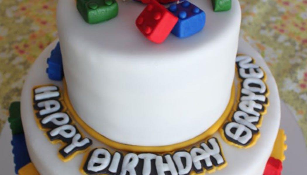 Le gâteau Lego j'ai 5 ans