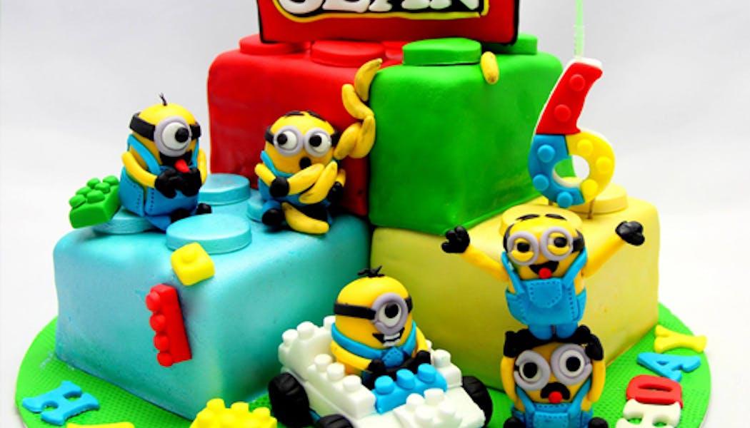 Le gâteau Lego Minions rigolos