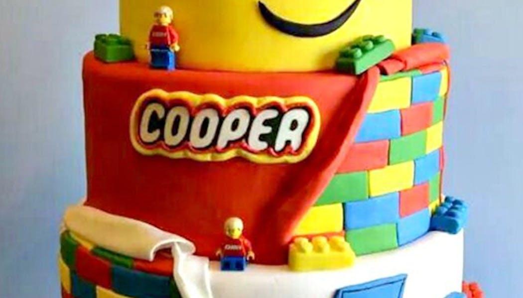 Le gâteau Lego qui sourit !