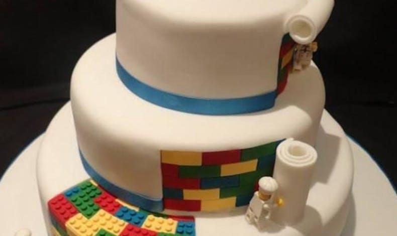Le gâteau Lego vive les mariés !