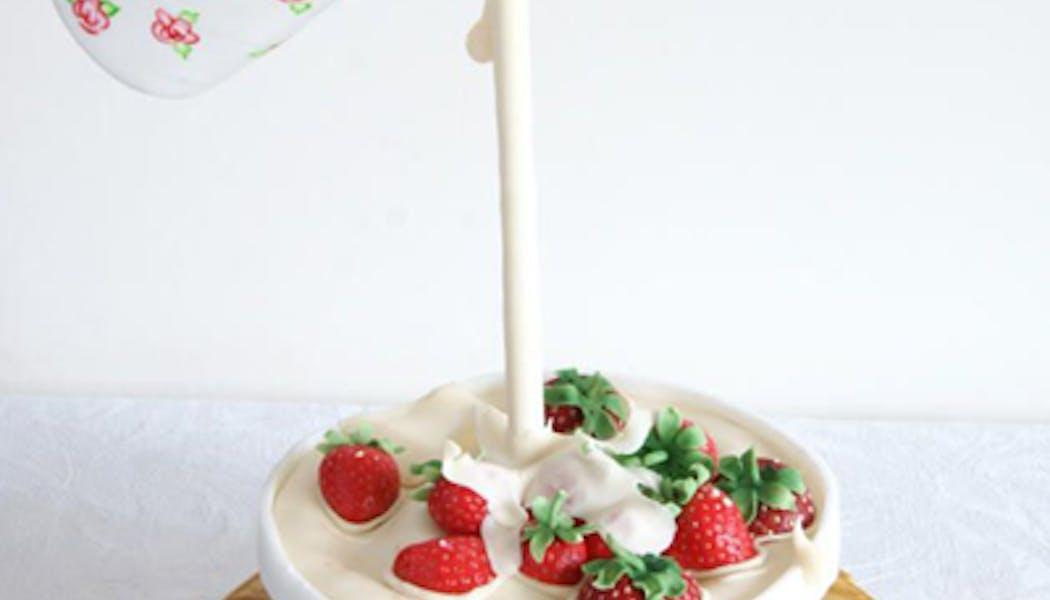 Le Gravity Cake bol de fraises