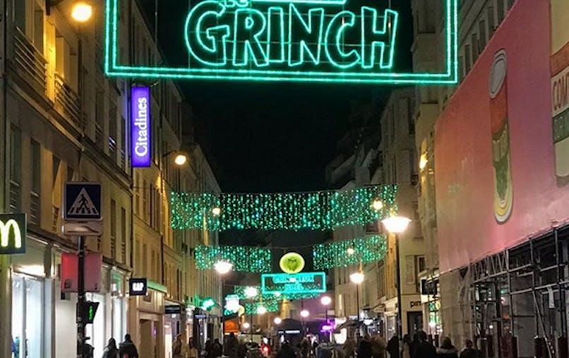 Le Grinch décorations Noël Paris affiches USA       cinéma