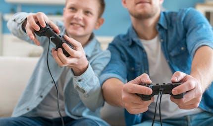 Les jeux vidéo violents rendent-ils les jeunes agressifs ?