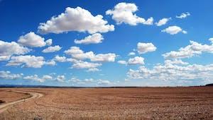Les nuages blancs