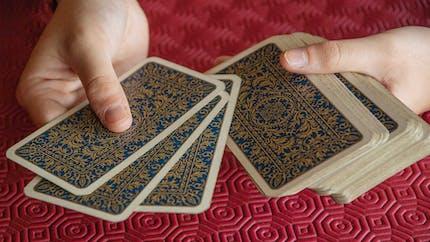 Les petits paquets, un jeu de cartes de hasard