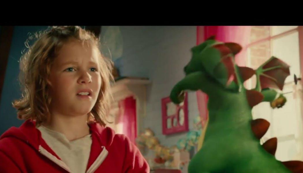 Lili la petite sorcière, le dragon et le sortilège de       Noël