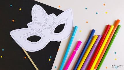 Loup de carnaval à colorier