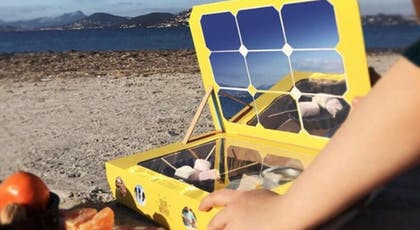 Lui proposer des jeux à l'énergie solaire