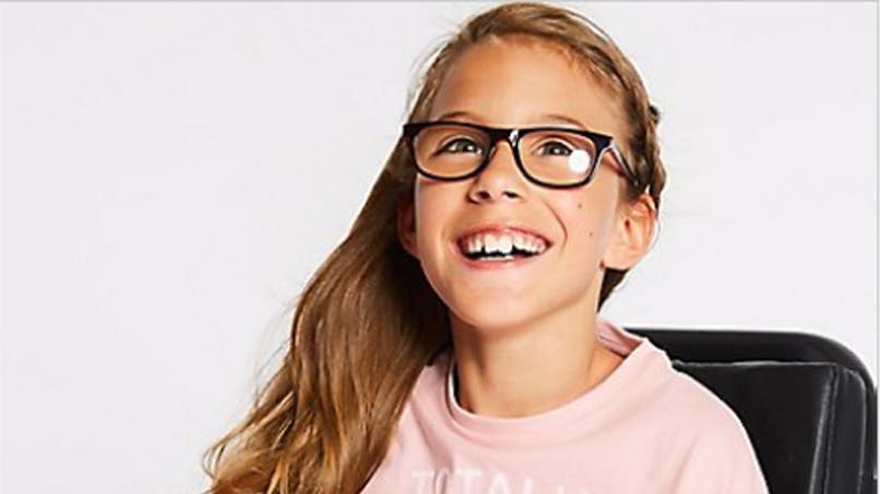 Marks & Spencer première collection enfants       handicapés