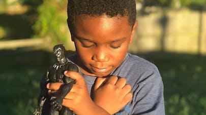 chadwick boseman mort hommage enfants black panther       salut wakanda forever