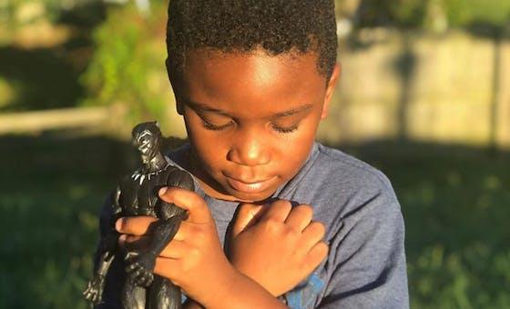 Marvel : Quand les enfants rendent hommage à Chadwick Boseman, Black Panther