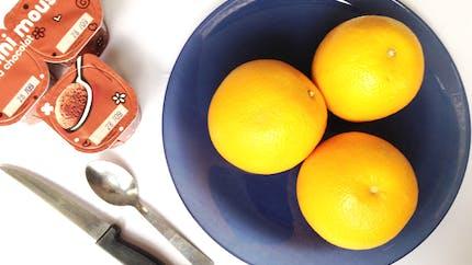 Oranges d'Halloween à la mousse au chocolat