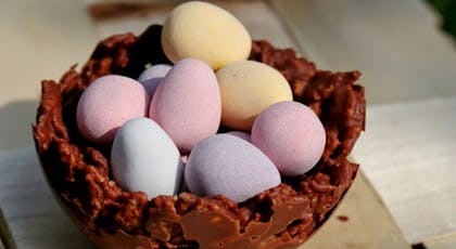 Petits nids croustillants en chocolat