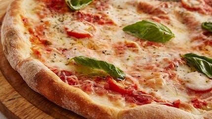 Pizza aux poivrons : découvrez cette recette ultra rapide