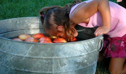 Pomme dans l'eau
