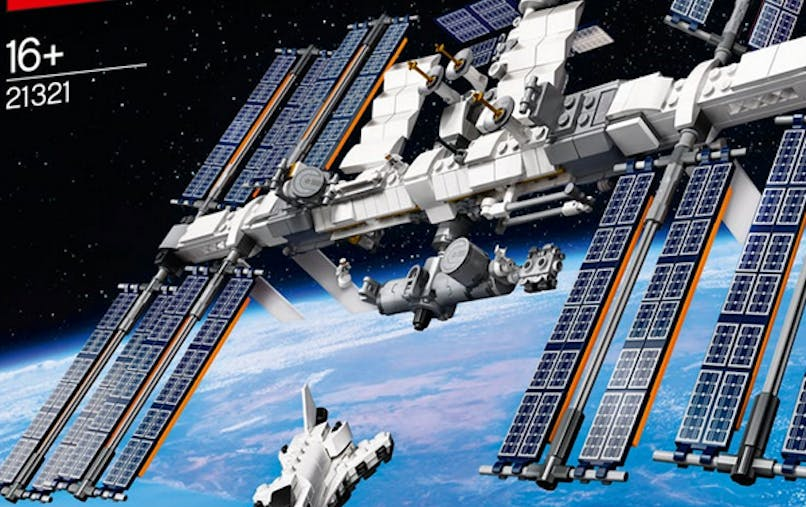 ISS Station Spatiale Internationale 20 ans set       Lego