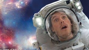 Quand la NASA propose de faire des selfies dans l'espace !