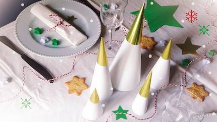 Réaliser une déco de table de Noël avec les enfants