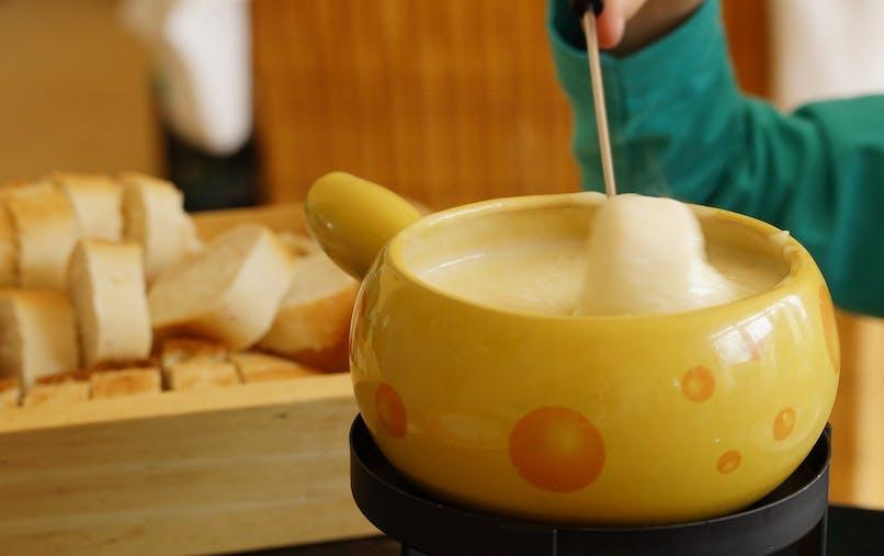 Recette de fondue : la fondue à la Vache qui rit