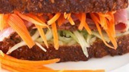 Sandwich délicieux à la carotte