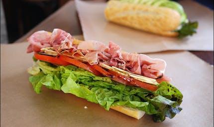 Sandwich jambon-crudités