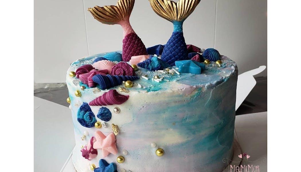 Sirènes et coquillages en gâteau