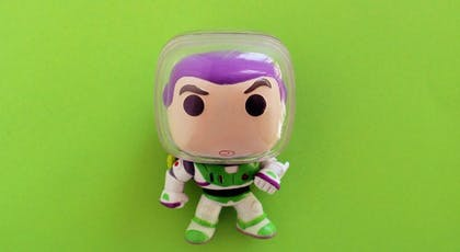 Tiens, voilà Buzz l'éclair !