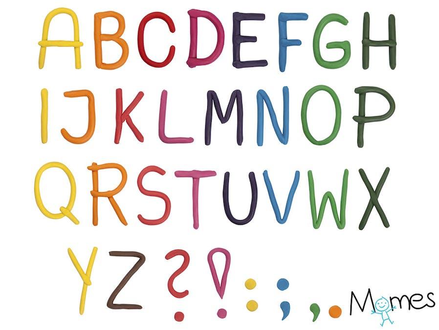 Un alphabet en pâte à modeler