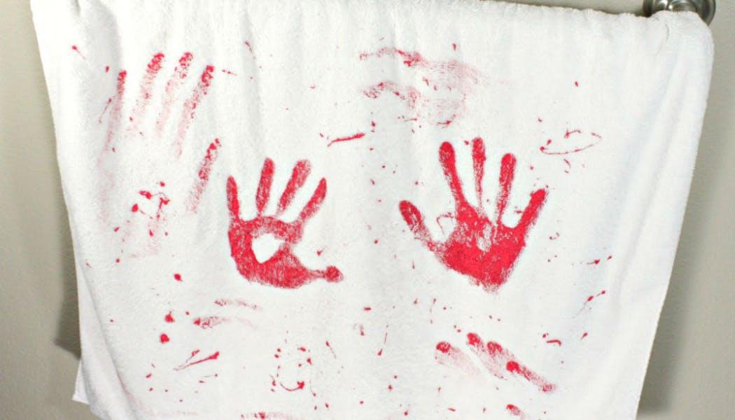 Un linge plein de sang