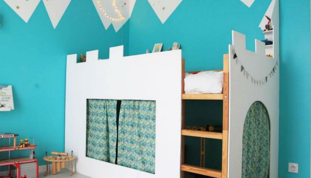 Un lit cabane version château fort