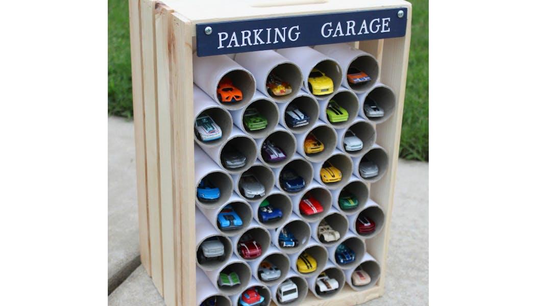 Un parking à voitures vertical