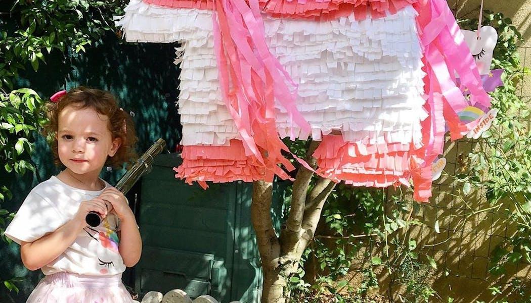 Un piñata bicolore très réussie