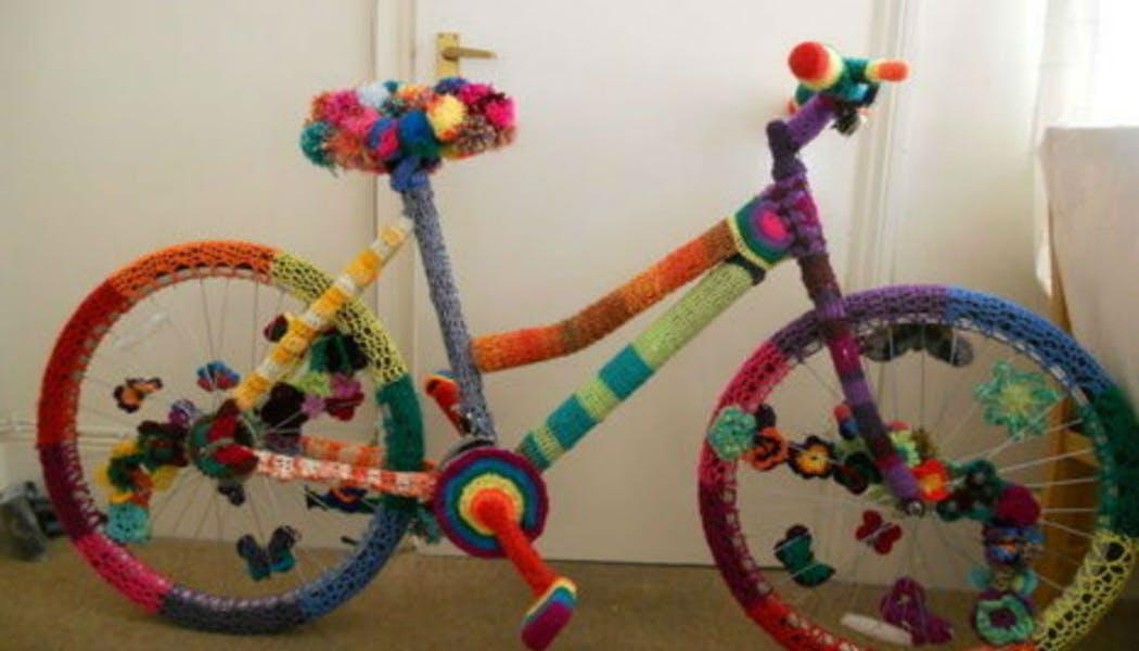 Un vélo tricoté main