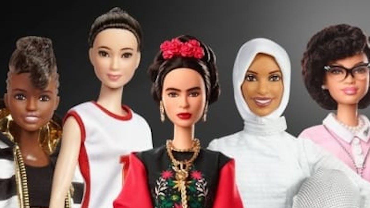 Barbie femme d'exception journée internationale droits       des femmes