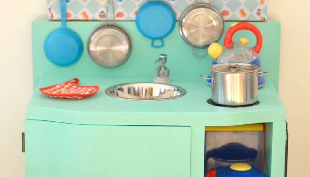 Une cuisine pour enfant vintage