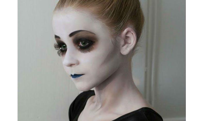 Une danseuse morbide