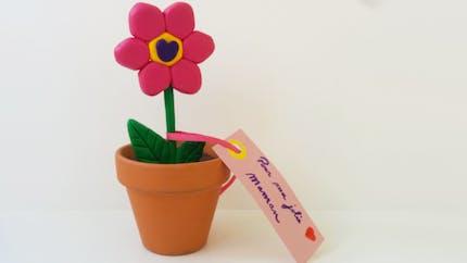 Une jolie fleur en Fimo