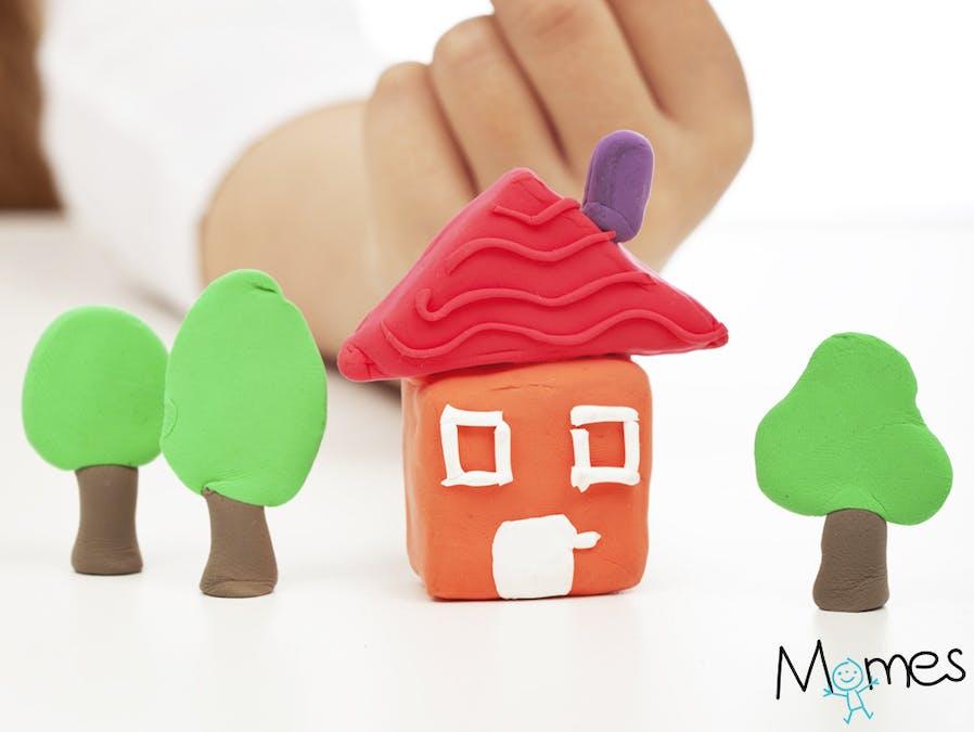 Une maison en pâte à modeler