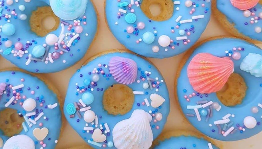 Une mer de donuts