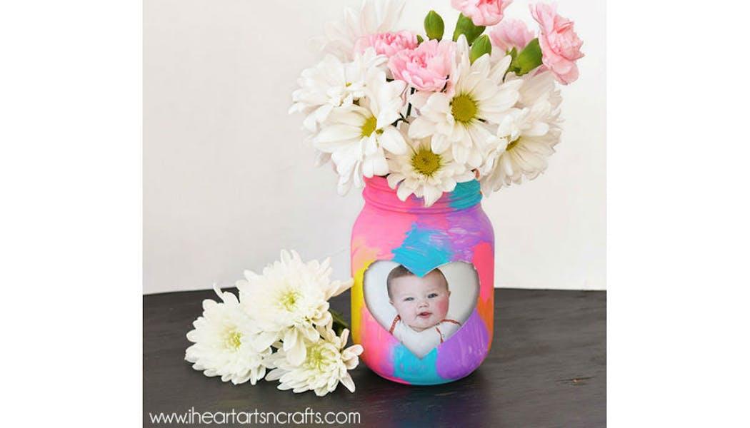 Vase et cadre photo à la fois