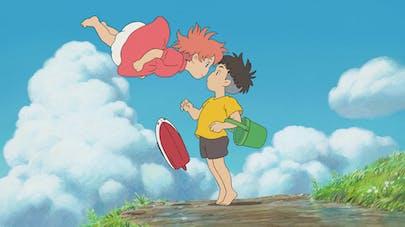 extrait du film Ponyo sur la falaise deux enfants