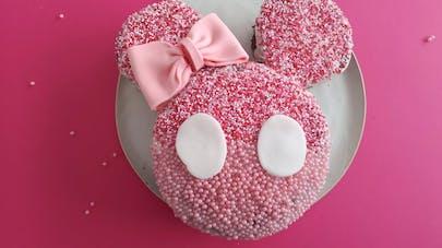 gâteau d'anniversaire en forme de Minnie