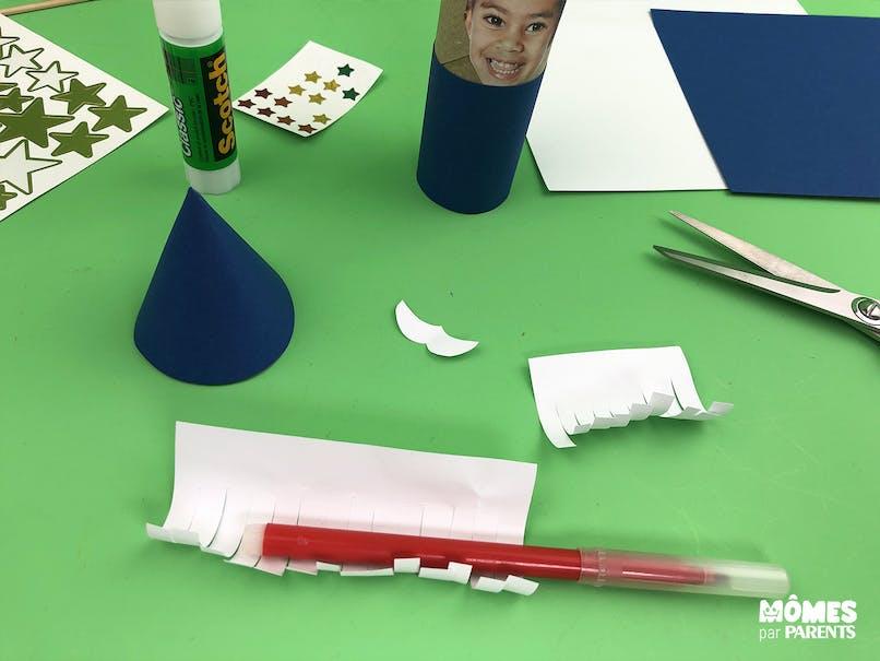 Couper le papier blanc