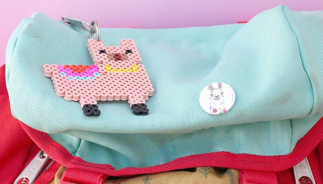 Un porte-clés lama pour le sac en perles chauffantes